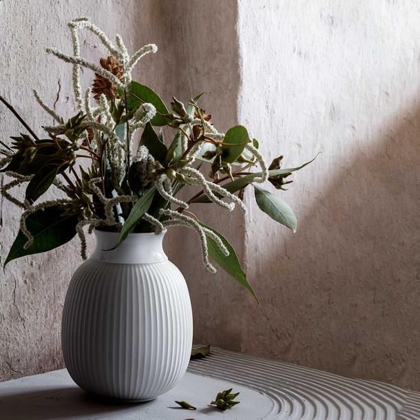 Lyngby Porcelæn Curve Vase, 12 cm.
